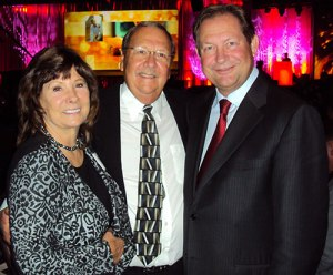 Dale with his wife, Jeannie, and 3M CEO & President, Mr. Inge Thulin